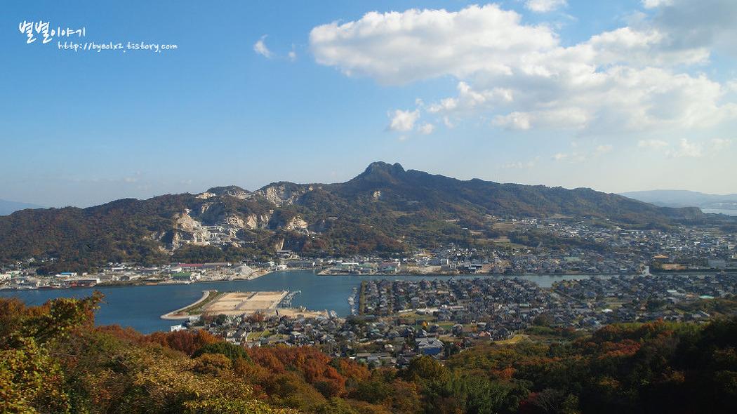 지붕 모양의 용암대지 ::야시마(屋島)