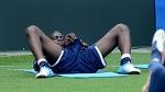 [재미있는 유로 2012] '악동' 발로텔리, 훈련중 뭐하는거지?
