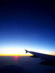 [EX1] 비행기 창문 밖…