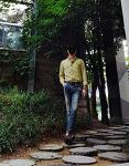 [남자 데일리룩 블로그 : 남자 셔츠 넣어입기] 남자 노란색 셔츠 코디 & 남자 데미지 청바지 코디 with 로퍼