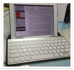 iPad with Incase Origami workstation.(아이패드와 오리가미 워크스테이션)
