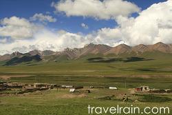 <티베트> 46시간의 기차여행은 후반부에 접어들었다.
