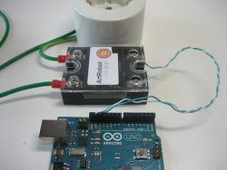 반도체 릴레이(SSR)와 아두이노로 220V 가전기기 제어하기(전등 깜빡이)