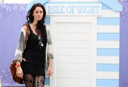 카야 스코델라리오(Kaya Scodelario) Isle Of Wight Festival at Seaclose Park at Newport