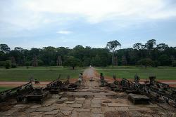 Prince D' Angkor & Elephant Terrace