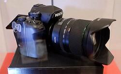 펜탁스 풀프레임 DSLR 카메라 K-1 실물 사진