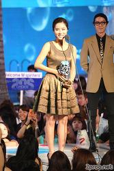 2010 엠넷 20's 초이스 2부 직찍 사진 - 현아, 2AM, JK타이거 윤미래, UV, 서인영, 신세경, 천정명