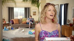택배 때문에 휴가 떠나길 포기하지 마세요! 페덱스 배송 매니저(FedEx Delivery Manager)의 TV광고, '해변(Beach)'편 [한글자막]