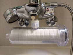 저렴한 샤워기용 연수기(듀벨 수도애 F15) DIY 설치 후기