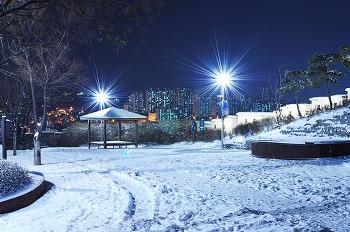 눈오는날 찍은 야경사진