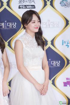 [2016.12.24] KBS연예대상 레드카펫 아이오아이 김세정