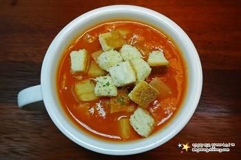 제철이라 맛~영양 듬뿍 담긴 토마토요리 '토마토스프 만들기'