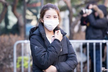[PHOTO] 161228 KBS 가요대축제 리허설 퇴근 - 여자친구 소원 by Girls Grapher