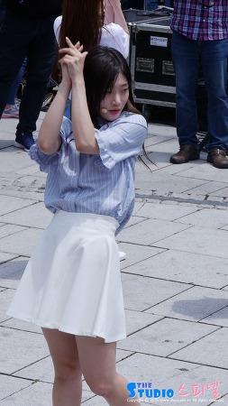 160625 다이아 대학로 버스킹 정채연 직캠 by 스피넬