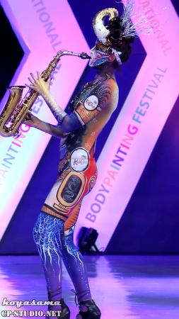 [16.08.28] DIBF 바디페인팅모델 Michael Jackson Smooth Criminal 연주 세로 직캠 by hoyasama