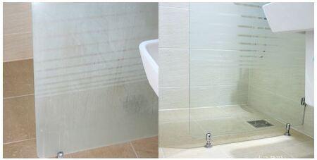욕실 샤워부스 유리청소, 욕실유리 물때 제거했습니다. 유막제거제