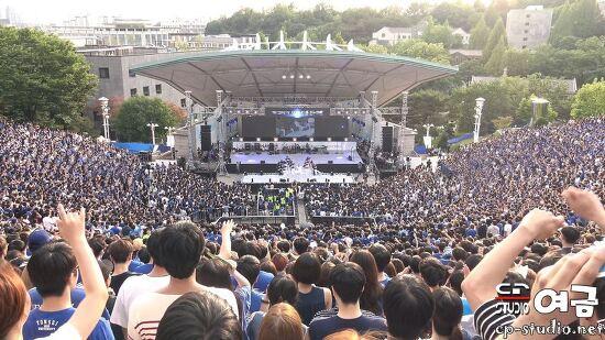 [4K][17.05.20] PSY(싸이) CHAMPION(챔피언) 직캠 at 연세대 아카라카 축제 BY 여금