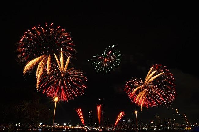 2013 세계불꽃축제-이촌한강지구 불꽃정면[1/2]