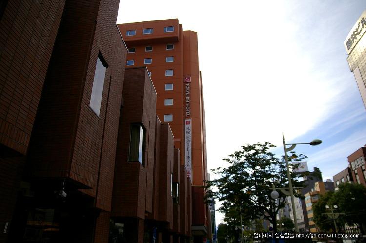 스스키노역 번화가 접근성 매우좋은 삿포로 도큐레이 호텔(札幌東急REIーホテル)