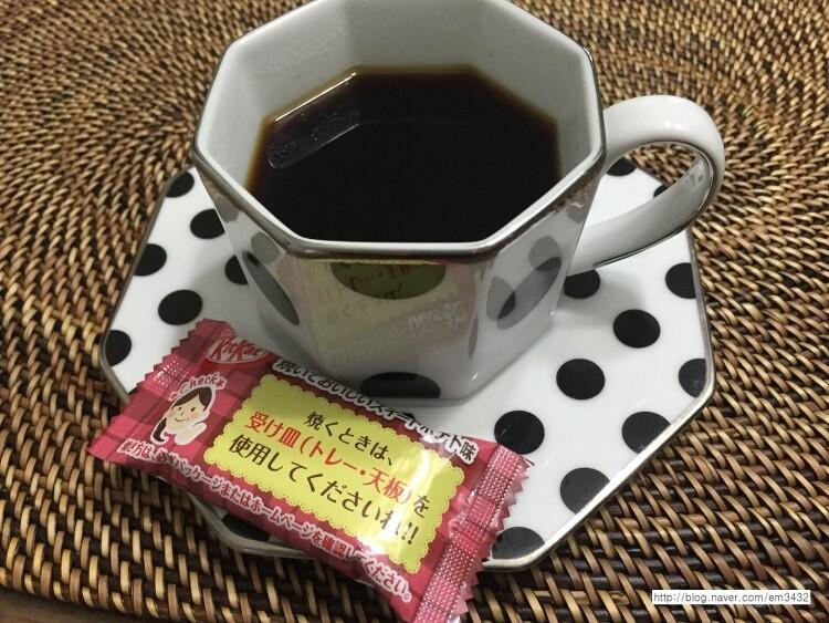 프랑프랑 커피잔 × 일본과자랑 더 잘어울려요^^