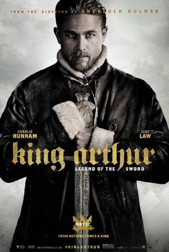 '킹 아서: 제왕의 검 King Arthur: Legend of the Sword, 2017' 엑스칼리버를 뽑은 찰리 허냄