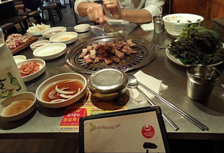 [부산 맛집] 서면 - 도네누 도톰한 ~ 볏짚통삼겹살