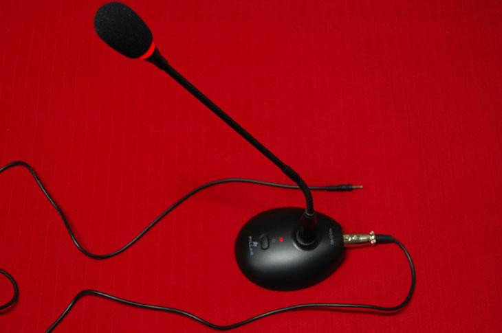 컴소닉 CM-1010 PRO 마이크로폰 박스 장착