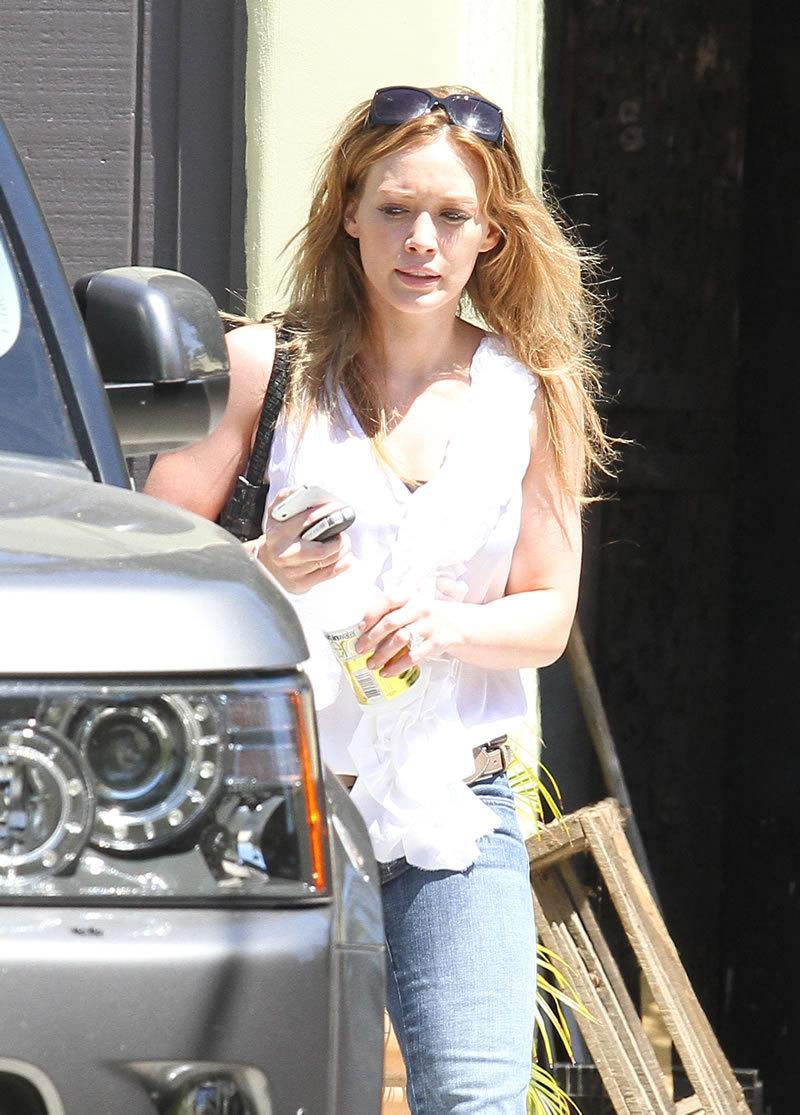 Fashion Style Gossip Man Paparazzi Photos Anne Hathaway Christina Applegate Hilary Duff