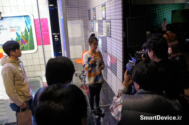 갤럭시S2 HD LTE, 갤럭시S2 LTE, 갤럭시S2, 아이유, 아이유 라이브, 보이는 라디오, 라디오 시대, 생방송 라디오, 아이유 사진, 아이유 라디오