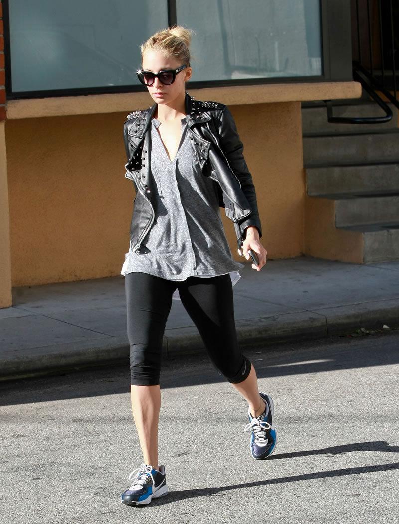 Fashion Style Gossip Man Paparazzi Photos Nicole Richie Halle Berry Emily Browning Mila