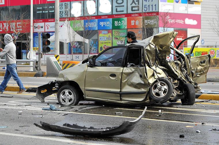 경차 추돌 사고에 대한 이미지 검색결과