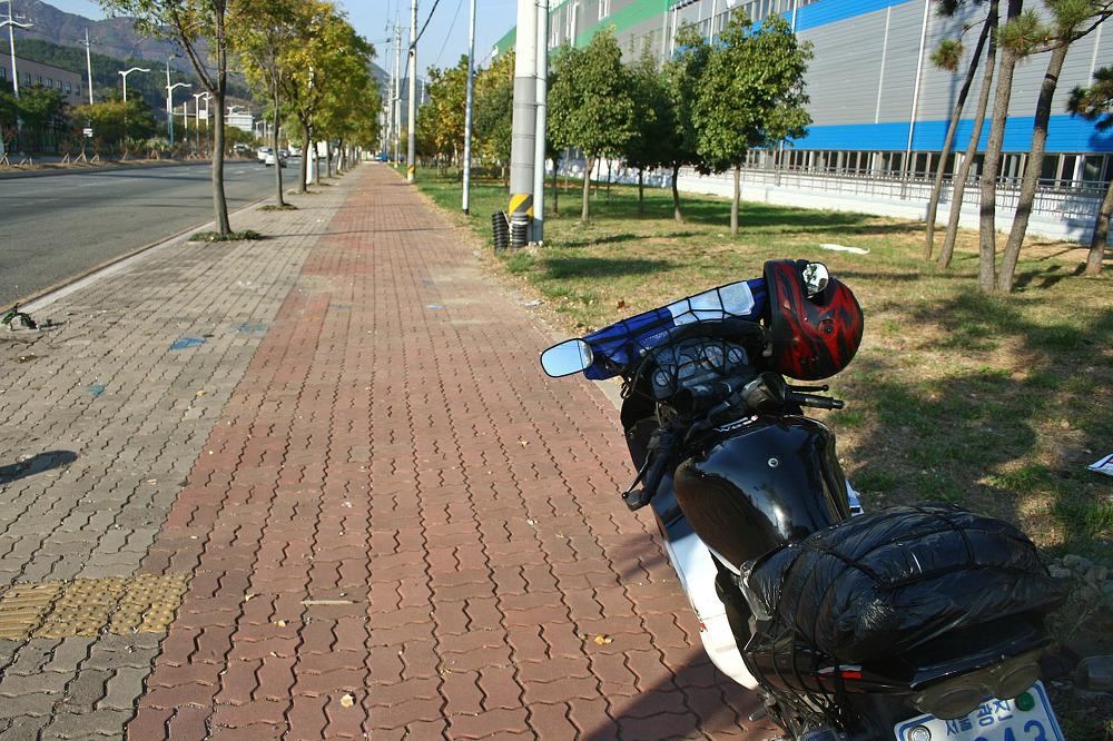 바이크로 달리자 - 4일차 :: 벗어나고파! : 195165485145ABC30FEF23