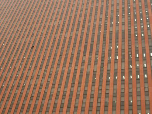 워낙 임팩트 있는 건물이니까.