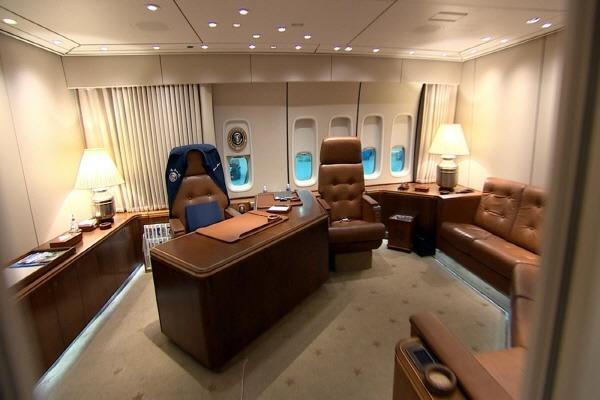 에어포스원 내부 Air Force One 747-200B inside