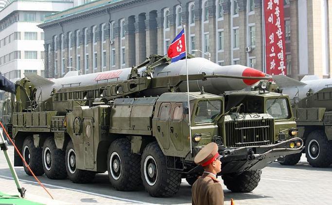 북한 신형 장거리 미사일 'KN-08'