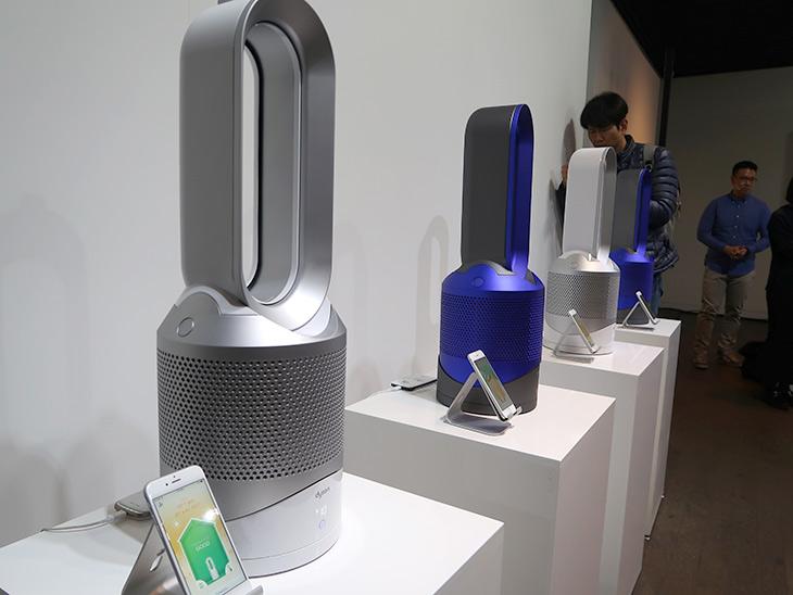다이슨 ,퓨어, 핫앤쿨, 링크, 따뜻하고, 차가운, 바람에 ,미세먼지까지,IT,IT 제품리뷰,따끈한 신제품을 보고 왔습니다. 겨울에 이런 제품 제격인데요. 다이슨 퓨어 핫앤쿨 링크 따뜻하고 차가운 바람에 미세먼지까지 되는 제품이었는데요. 디자인은 크게 바뀌지 않은듯 보이지만 실제로는 다양한 기능을 수행을 합니다. 이번에는 Dyson 엔지니어 토마스 팅의 설명도 있었습니다. 다이슨 퓨어 핫앤쿨 링크는 앱도 연결이 되어서 집안에서도 집밖에서도 제어가 가능합니다. 집 도착하기전 집을 따뜻하게 만들 수 도 있는데요.