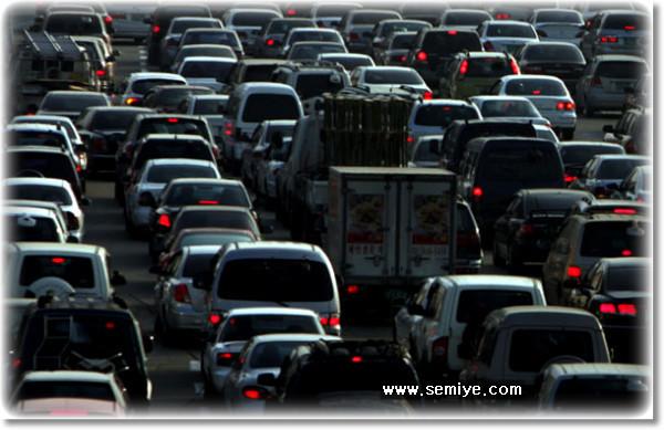 고속도로-가로등-야광도로-표식-고속도로 표식-발광가루-특수페인트-햇빛-눈모양 도로-교통-자동차-운전자