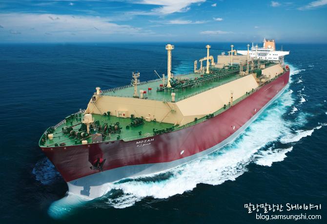 2008년 모자(Mozah)로 명명된 세계 최대 크기인 26만6천㎥급 LNG선