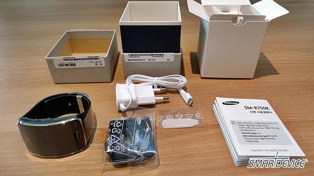 삼성, 삼성전자, 기어S, 기어S 개봉기, 기어S 디자인, 기어S 충전독, 기어S 충전도크, 기어S 충전기, 기어S 배터리, 기어S 언박싱, 기어S 언팩, 기어S 연결, 기어S 구성품, 기어S 크기,