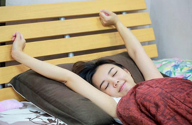 아침 기지개켜기 효과 건강