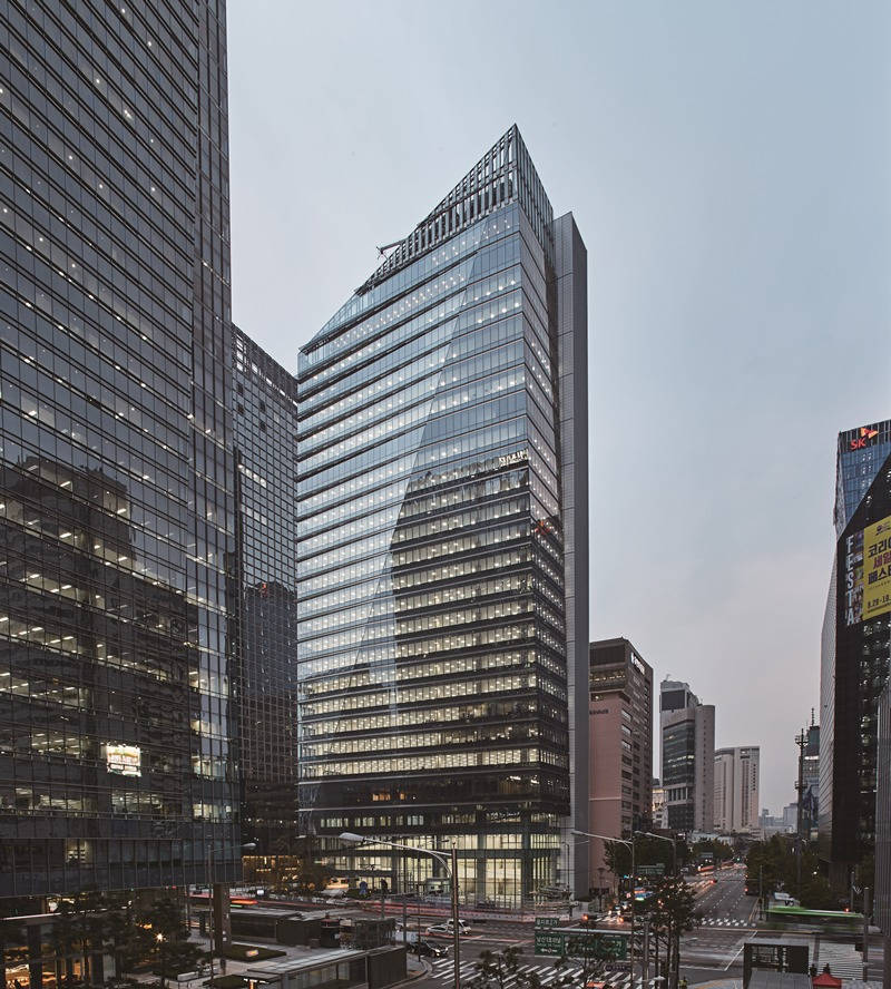 IBK FINANCE TOWER