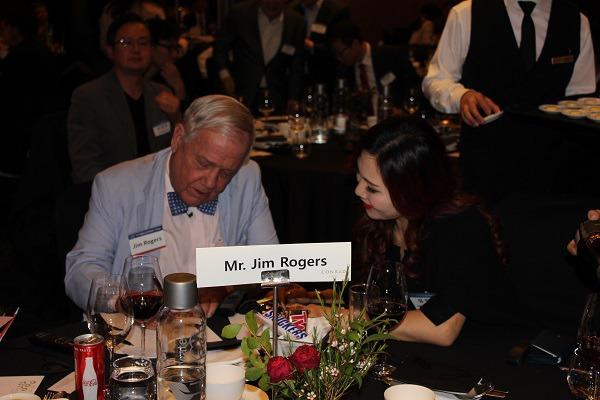짐 로저스회장과 린다유 회장의 만남