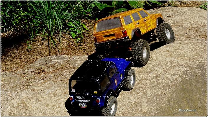 등판 능력 과시하는 RC Car