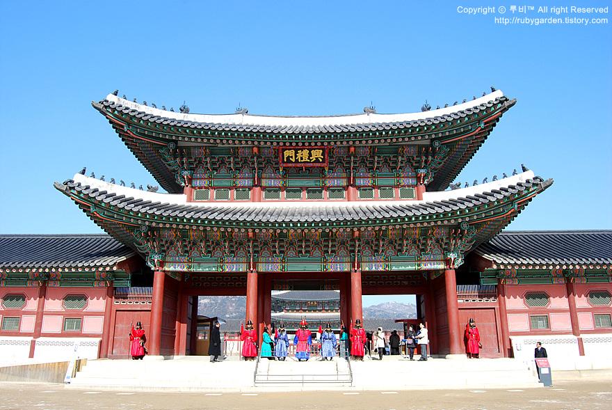 قصر الملك في كوريا الجنوبية 1973AD1E4B6036C52BE84A