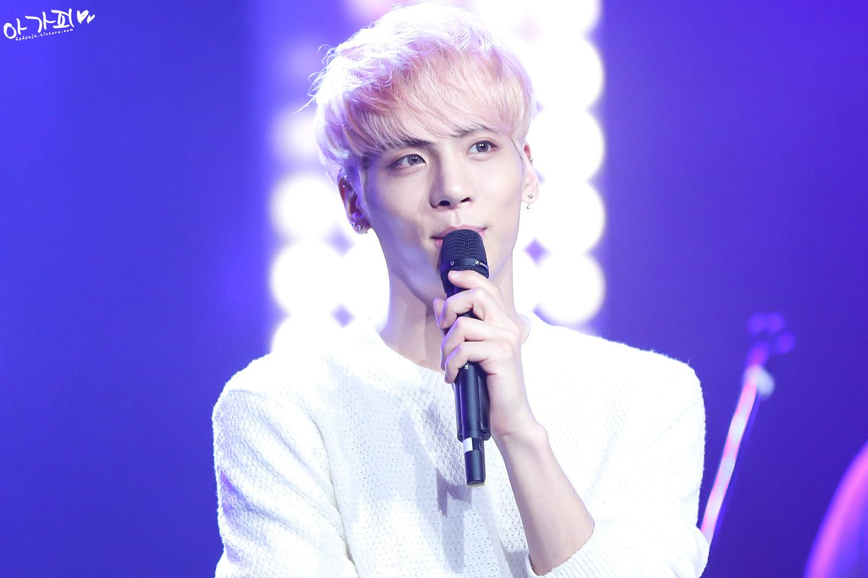160426 Jonghyun @ MBC Live Concert - Blue Night 2105F234571F83BC09B809